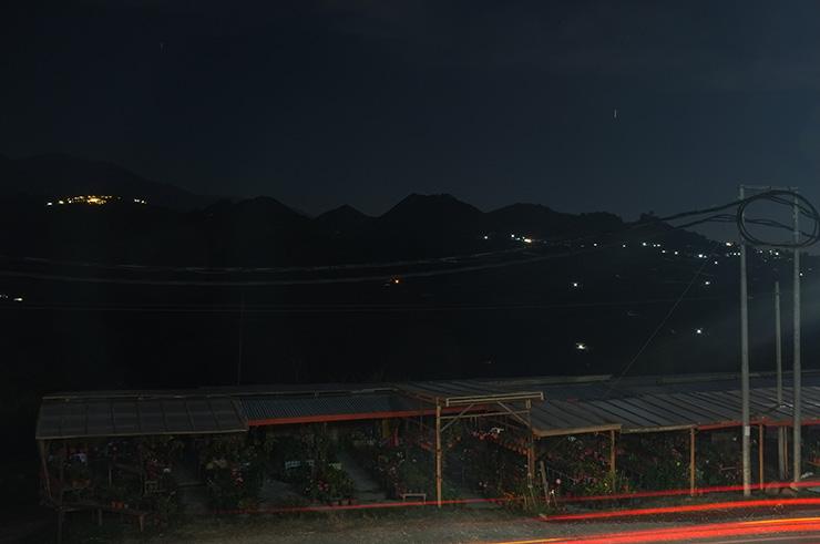 Gunung Kinabalu di waktu malam, kundasang tempat menarik
