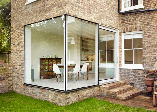 Ruang niaga di rumah kaca