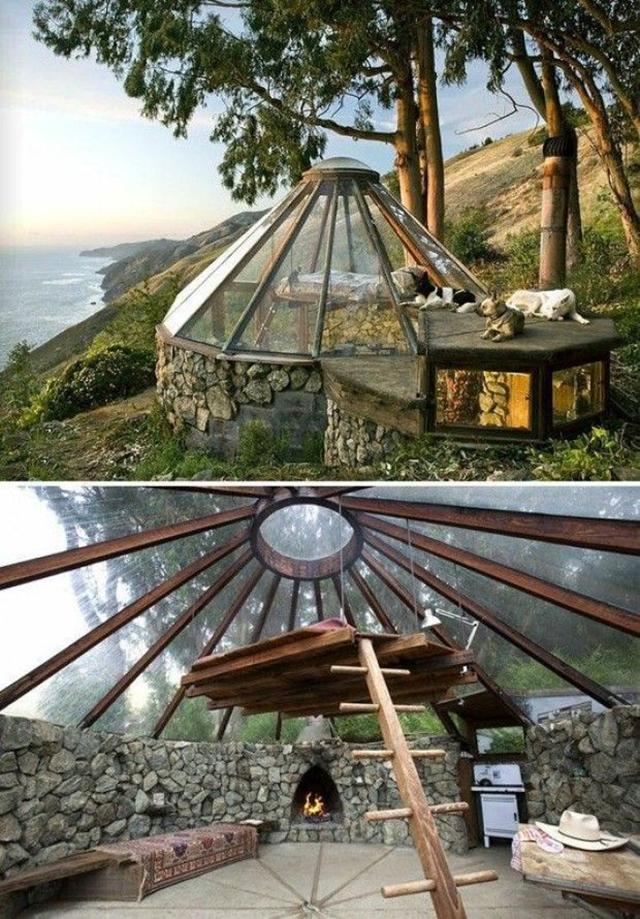 Khemah berkonsepkan rumah kaca