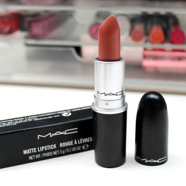 15-Kod-Warna-Lipstik-Nude-MAC-Yang-Anda-Pasti-Beli-velvet-teddy