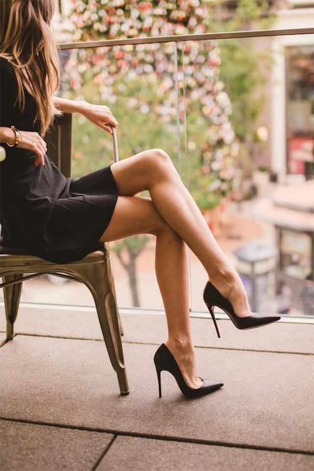 30 Inspirasi Kasut Louboutin Jadi Kegilaan Wanita Satu Dunia