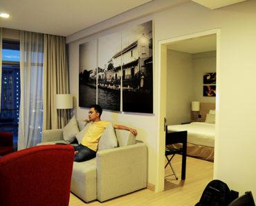 hotel melaka, hotel melaka luas selesa, hotel melaka murah, the straits & suite hotel melaka