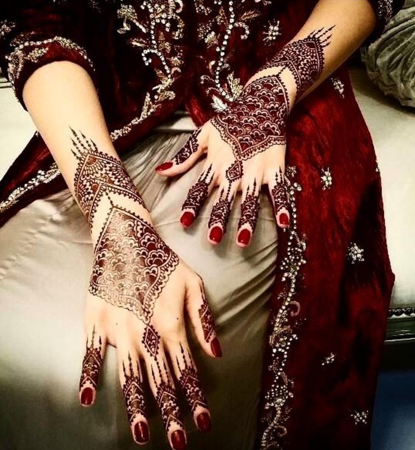 henna india cantik